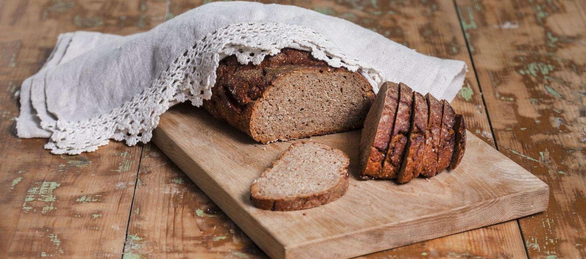 Bánh mì lúa mạch đen - Món ăn phổ biến trong ẩm thực Latvia