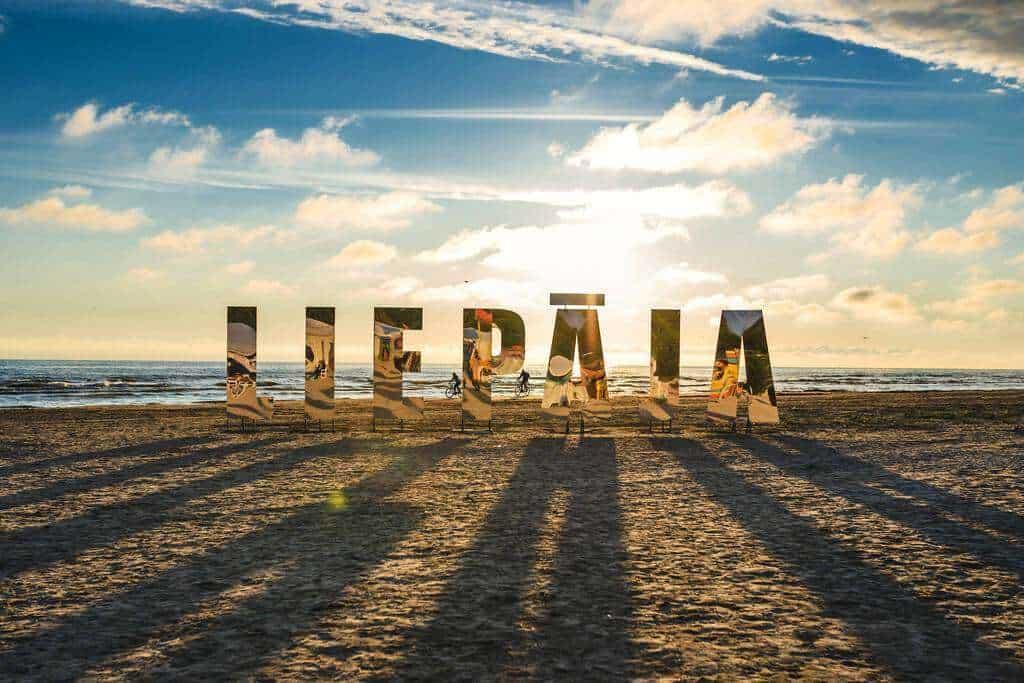 """Điểm du lịch Latvia được mệnh danh là """"thành phố lộng gió"""" - Liepaja"""