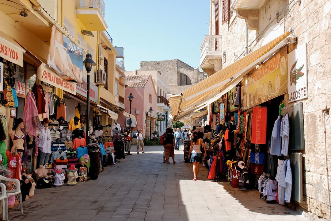 Bức tranh cuộc sống tại đảo Síp như thế nào (Nước cộng hòa Síp - Cyprus)
